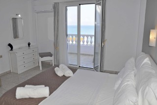 accommodation fedra mare room with sea view