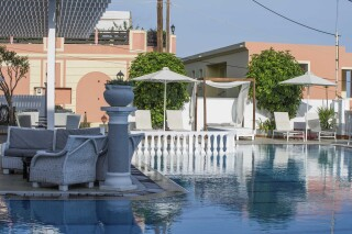 facilities fedra mare hotel pool bar