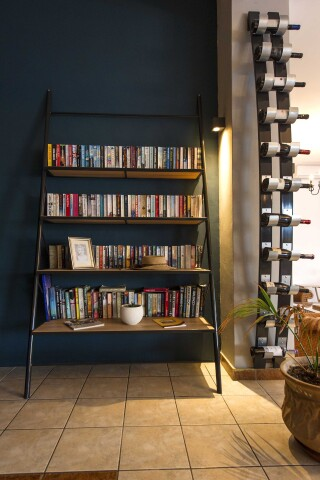 rooms fedra mare hotel library with books